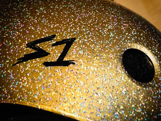 goldglitter.jpg